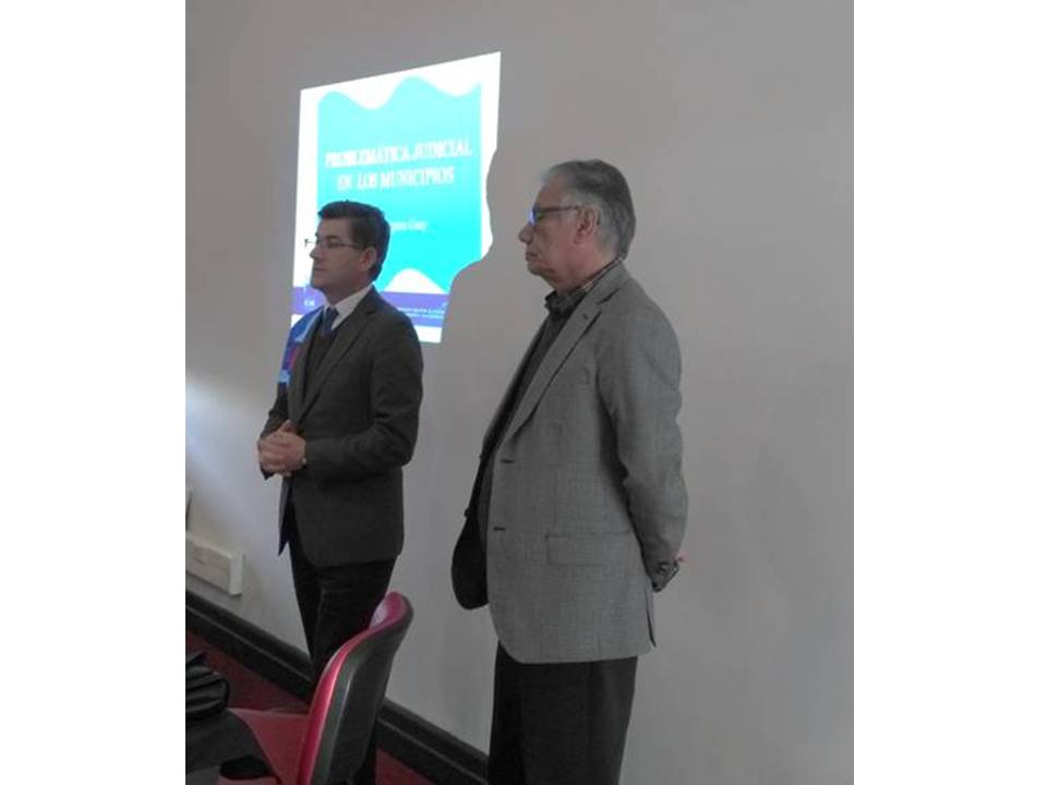 Ángel Castro, Presidente AMRBB y Omar Ahumada Director Jurídico, AChM.